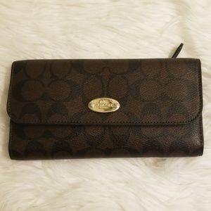 Coach Signature C brown wallet used once